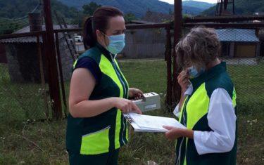 Отбор проб атмосферного воздуха специалистами Сочинского филиала.
