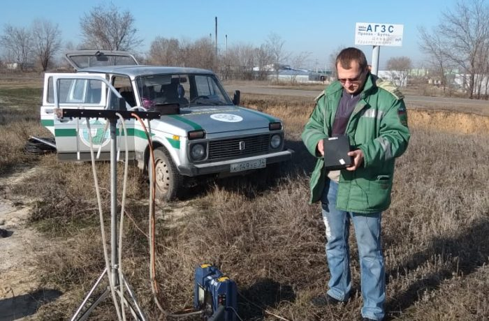 Отбор проб атмосферного воздуха специалистами филиала  ЦЛАТИ по Волгоградской области.